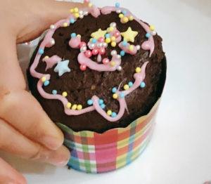 七田式食学 お友達の作品「有機ココアで手作りカップケーキ」