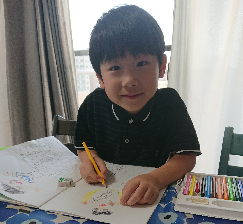 年長で小学生新聞を広げて読む。七田式との相乗成果も見えてきた!