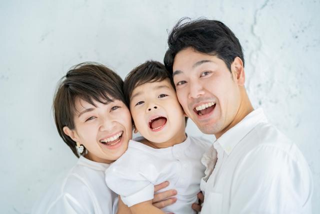子育て三種の神器[愛・厳しさ・信頼]で子どもと接しよう!