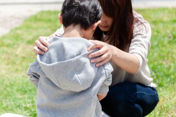 社会で活躍する大人になるために。親ができる子どもの正しい叱り方とは